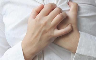 пульсация под левым ребром без боли