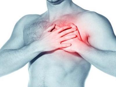 болит в грудине слева при вдохе